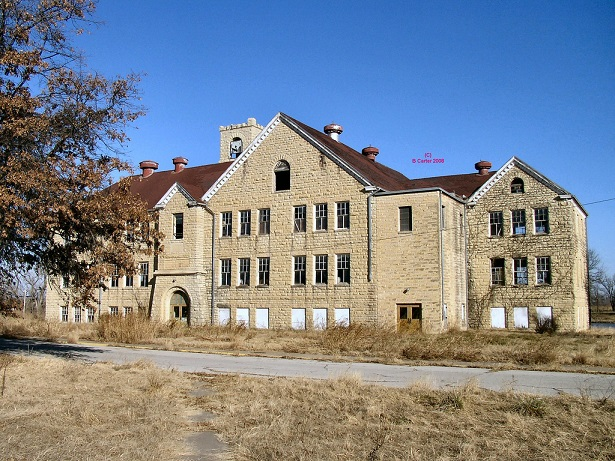 Chilocco Indian School. Image found at: https://www.flickr.com/photos/ok_historic_architecture/2873750452